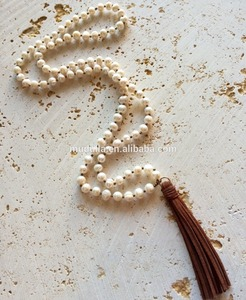 N16082401 Fashion Pearl Knot Long Beaded Leather Tassel Necklace