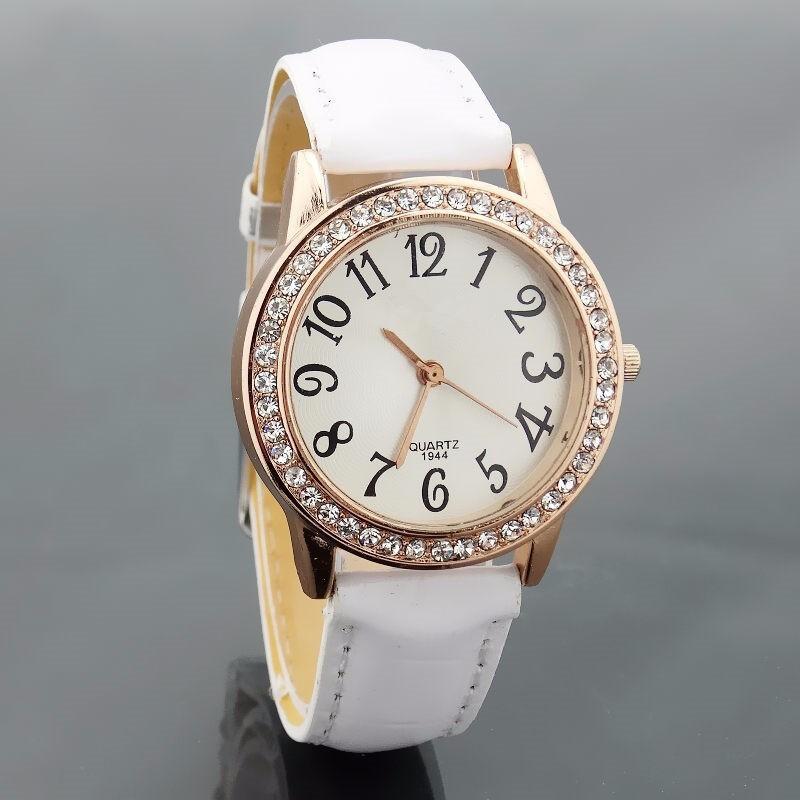ac56b10e21d7 2017 dama de la moda de cuarzo reloj de imitación de diamante reloj de  pulsera de