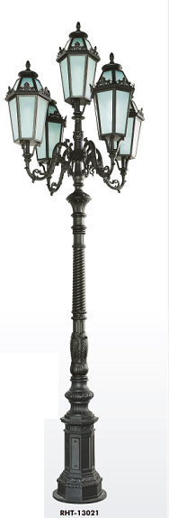 Awesome Antique Outdoor Garden Lamp /Street Light Post RHS 13021