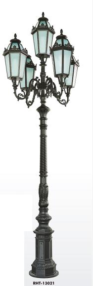 Antique Outdoor Garden Lamp /Street Light Post RHS 13021