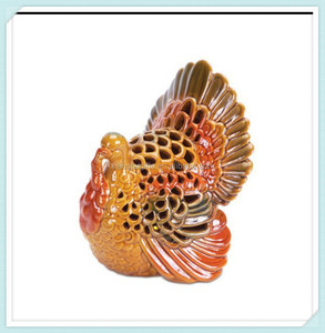 Thanksgiving accessory small turkey ceramic swirl candle holder