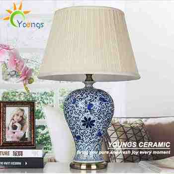 Classic Guan Kiln Blue White Ceramic Crackle Vase Porcelain Table Lamp For  Hotel Made In Jingdezhen