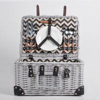 Eco-friendly weave handmade food hamper wicker picnic basket for 2 person