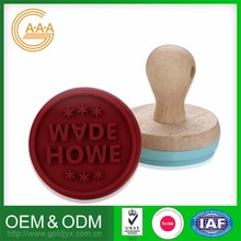 Lovely Style Wholesale Price 100% food grade silicone custom paw print silicone cookie stamp set