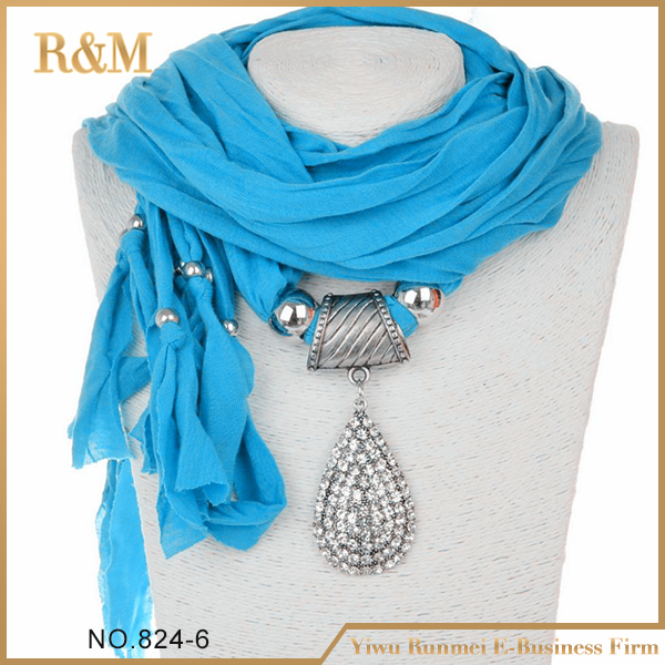 Customized high quality fashion jersey metal bead pendant scarf