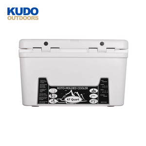 LLDPE 15L-70L available Roto-molded cooler box