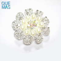 guangzhou jewelry Flower-shaped Rhinestones pearl alloy brooch