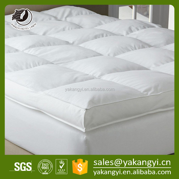 hot sales thick waterproof mattress topper