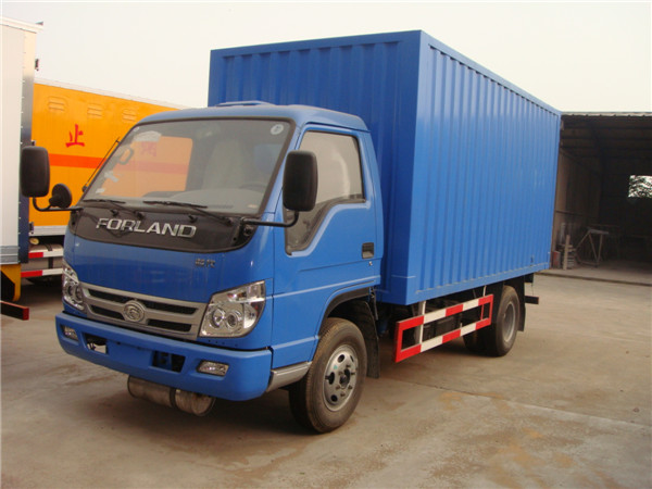 good quality low price LHD 3 ton diesel 4x2 foton van