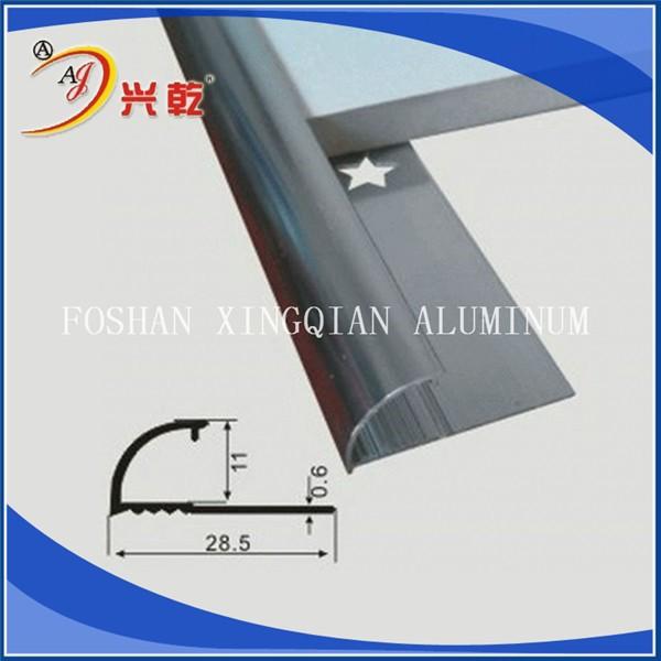 Piastrelle in alluminio finitura bordo rotondo naso a - Paraspigoli per piastrelle ...