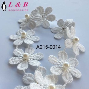 2018 Elegant designs decorative lace with pearl beads