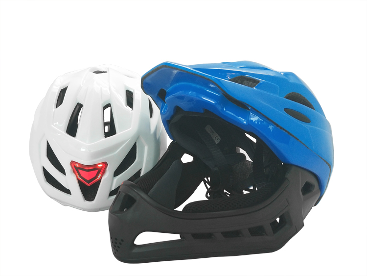 Newest Versatile Enduro Downhill Helmet with Removable Chin Guard