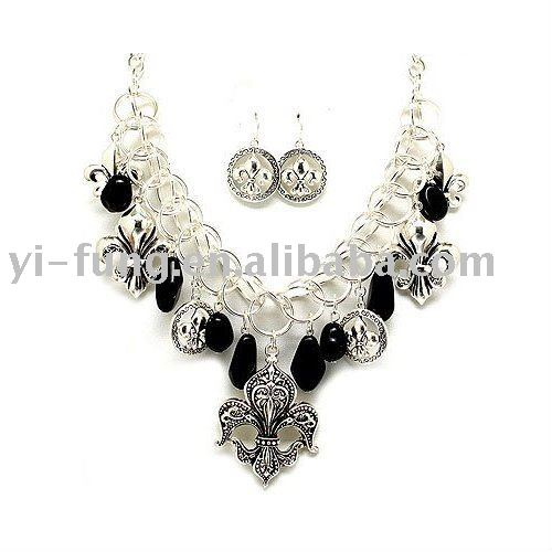 Fabulous Chunky Silvertone Fleur De Lis and Black Beaded Statement Bib Necklace and Earrings Set Fashion Jewelry