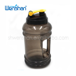 Bpa-free wholesale gym water bottle / Sport Bottle 2 liter With Cap