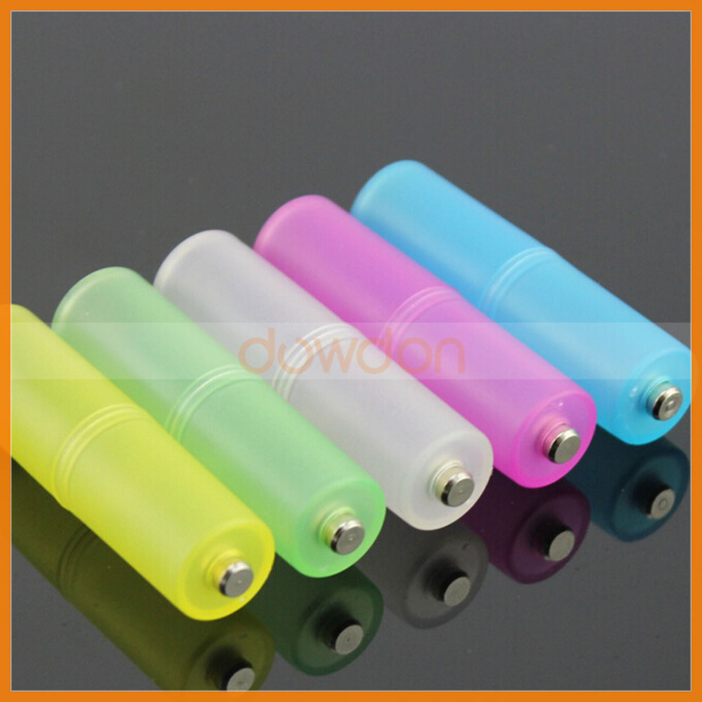 Size AAA R03 to AA LR6 Battery Convertor Adapter Box