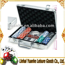 <span class=keywords><strong>200</strong></span> Chip di texas hold'em Stile di <span class=keywords><strong>Poker</strong></span> <span class=keywords><strong>Set</strong></span> In Caso di Alluminio Trolley