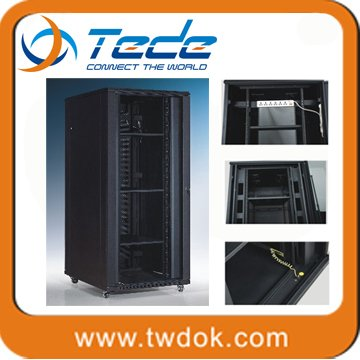 Manufacturing 19 inch 37u or 42u steel indoor or outdoor server rack