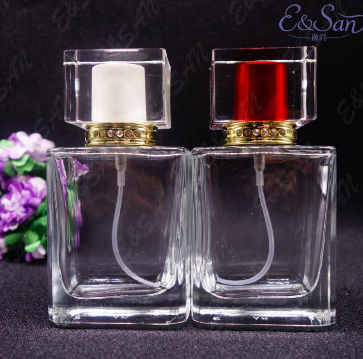 PT172-50ML Wholesale Fancy clear Bottle With Plastic Cap Glass Refill Empty Perfume Atomizer <strong>Spray</strong> hot sell