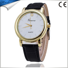 2017 Dot leather Geneva watches wholesale fashion women quartz watch vogue female wristwatches GW025