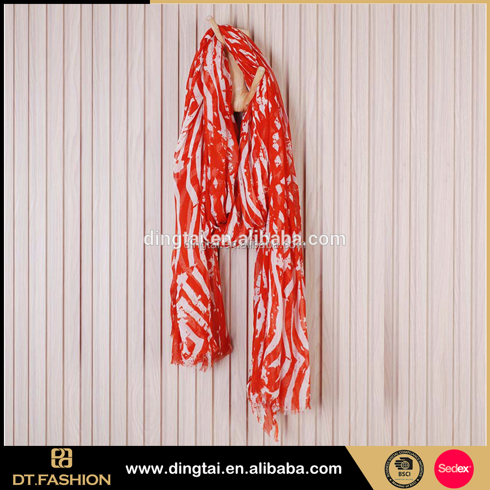 New cheap shawl scarf office ladies scarf cotton scarf with tassel