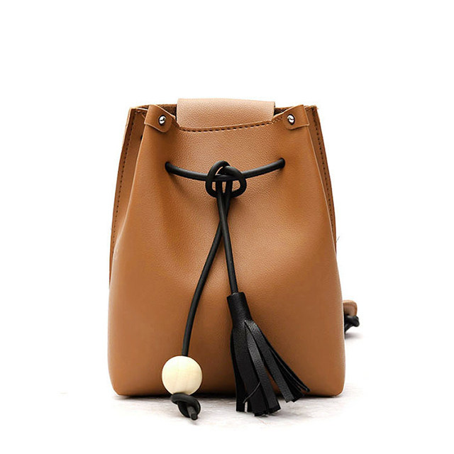 Small bag 2018 spring and summer new retro wood ball tassel bucket shoulder messenger women handbag wholesale