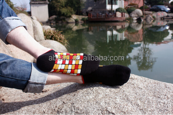 Low Moq Hot Design No Show Men Dress Socks wholesale