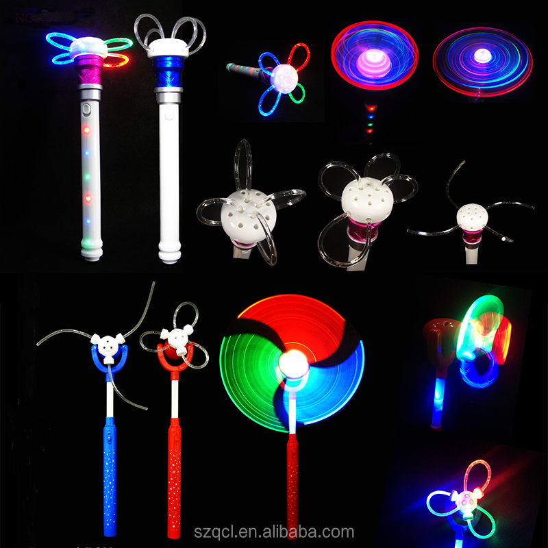 Christmas Party Favor Multicolor Colors LED Spinning Wand Stick for Kids Party Light Up Toys LED Glowing Spinning Stick