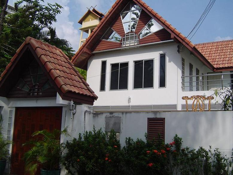 Jomtien Palace Estate for Sale or Rent