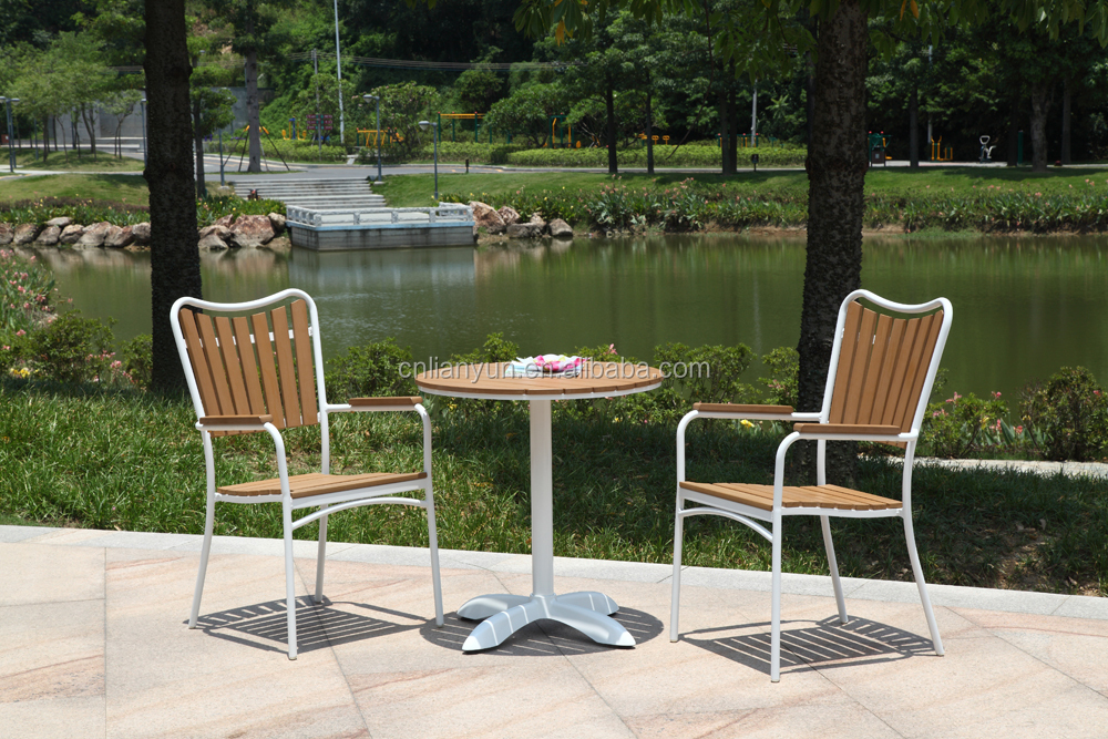 Garden Patio Aluminum Wood Patio Furniture Bistro Table and Chairs