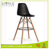 Home Furniture 29.0kgs weight plastic wood legs dining chair