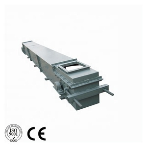 Superior enclosed scraper conveyor for cement