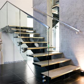 Prefabrikasi Tempa Besi Digunakan Logam Lurus Tangga Untuk Indoor