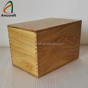 Oak Solid Wood Crate Packaging Box , Great for Holiday Keepsake Gift Hampers