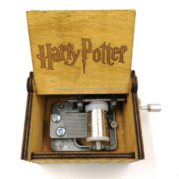 Engkol Tangan Kayu Harry Potter Kotak Musik
