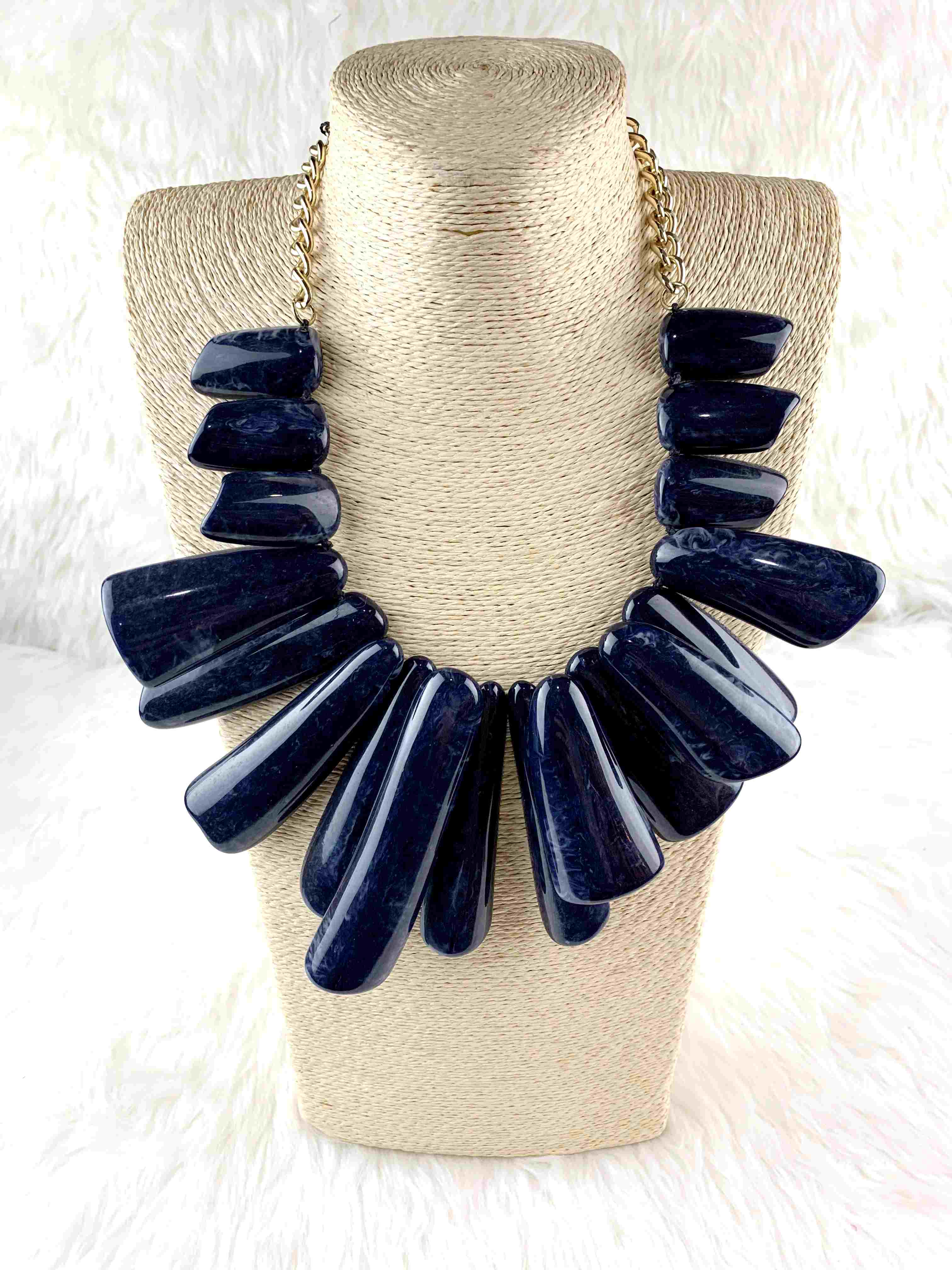 fashion resin necklace shell links jewelry
