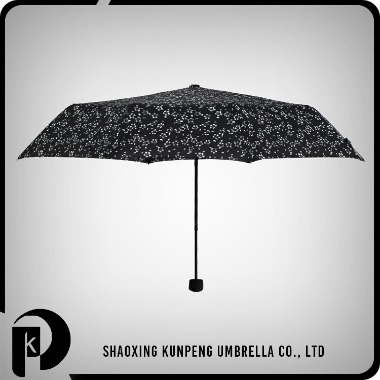 Beautiful Folding Beach Umbrella