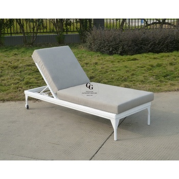 Stupendous Chaise Outdoor Soft Cotton Lounge Aluminum Beach Lounge Chair Outdoor Wicker Day Bed Rattan Lounge Buy Rattan Lounge Aluminum Beach Lounge Theyellowbook Wood Chair Design Ideas Theyellowbookinfo