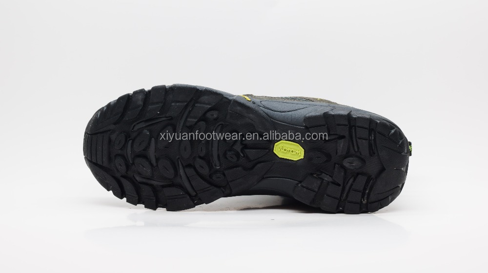 Customized Men Climbing Rock Sports Shoes With Cow Suede Upper