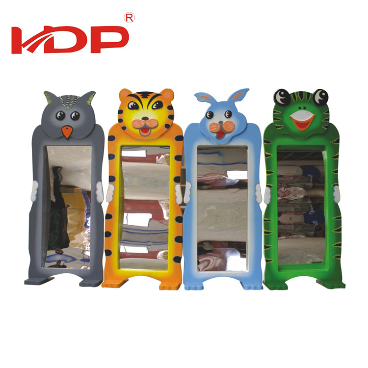 Fast Delivery Residential Area Children Fun Plastic Animal Distorting Mirrors