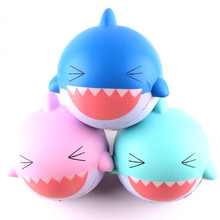 Fabrik Lieferant PU Stress Squishy <span class=keywords><strong>Spielzeug</strong></span> Jumbo Kawaii Shark Langsam Rising Rare Squishy Tiere <span class=keywords><strong>Spielzeug</strong></span>