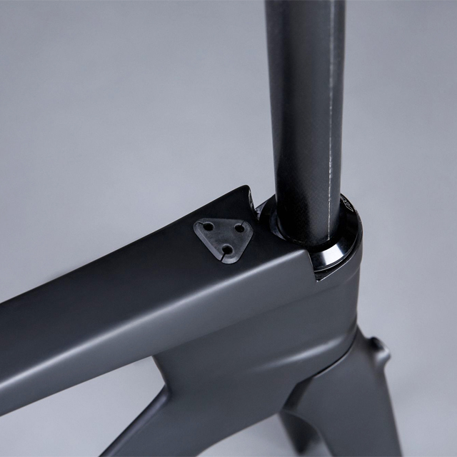 Carbon rim 700c road bike frame for racing shimano groupset available