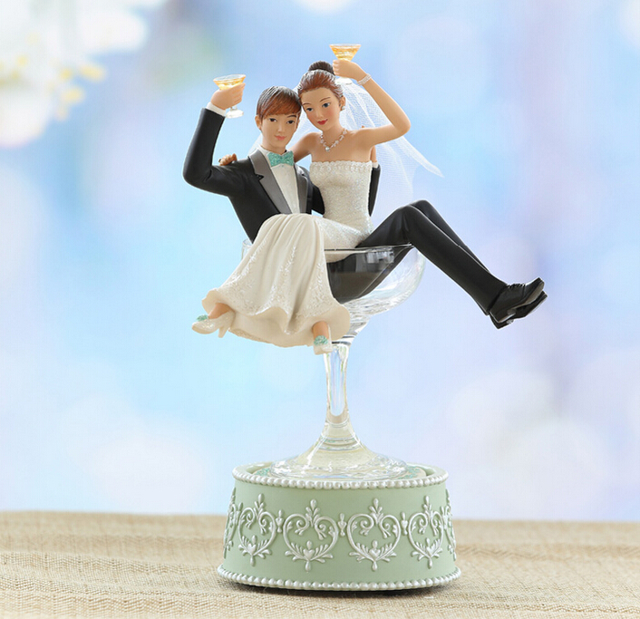 Wedding Gift For Friend Female: European Ornaments Personalized Gift Ideas Newlywed Couple