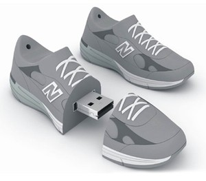Custom logo USB 3.0 2.0 flash drive usb stick sport shoes memory stick with logo