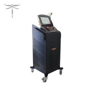 755 + 808 + 1064 Nm Three Wavelength 50 Million Shots Non - Channel Diode Laser With Car Painting Technology