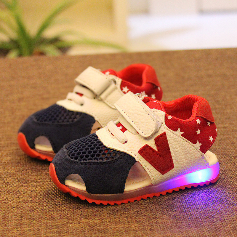 2015 Summer baby shoes child 1 - 3 years old baby sport shoes girl baby with Led Lights child soft outsole baby toddler shoes