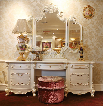 Clic Wooden Dressing Makeup Table