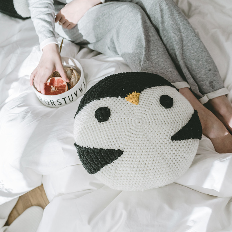 Instagram Crochet Knitted Pillow, Penguin Cartoon Handmade Knitted Cushion Cover, Children Play Round Throw Pillow фото