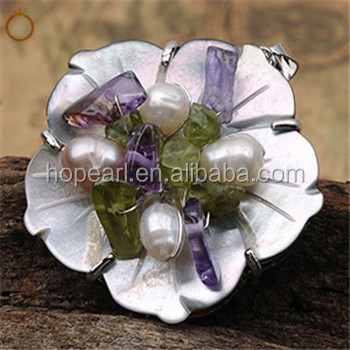 MOP462 Freshwater Pearls with Amethyst, Green Peridot Chips Stone Flower Carved Shell Pendants