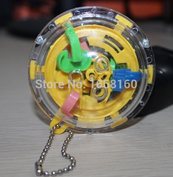 1pcs Mini Maze task Ball Toy Key chain 36 levels 12g 6 4cm Puzzle Game toy