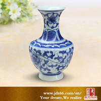 Blue and white cheap chinese vases